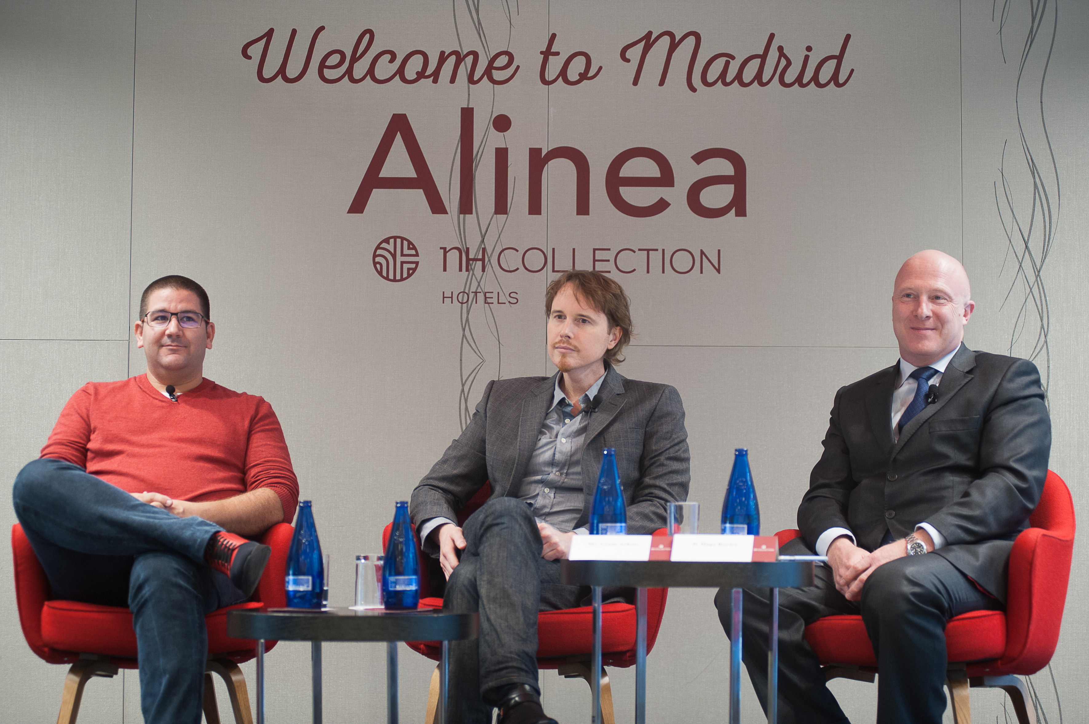 (de izquierda a derecha): Dani García (Grupo Dani García), Grant Achatz (chef restaurante Alinea) y Hugo Rovira (Director General NH Hotels España y Portugal).