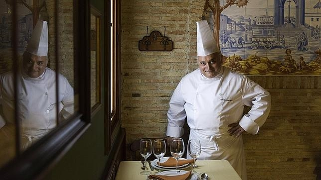 Antonio Cosmén propietario del Restaurante Cruz Blanca Vallecas