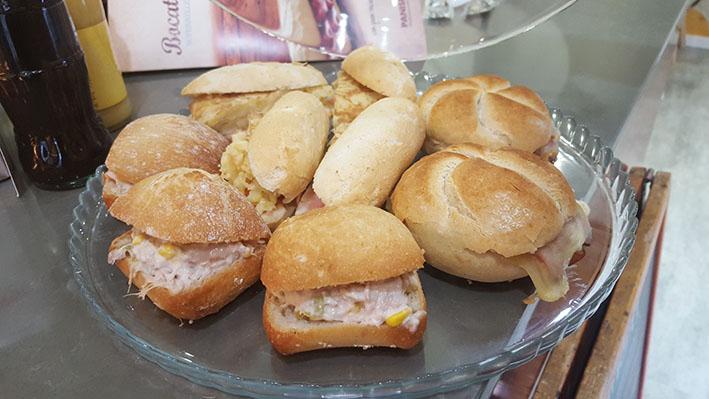 La merienda con pan un clásico en las costumbres gastronómicas