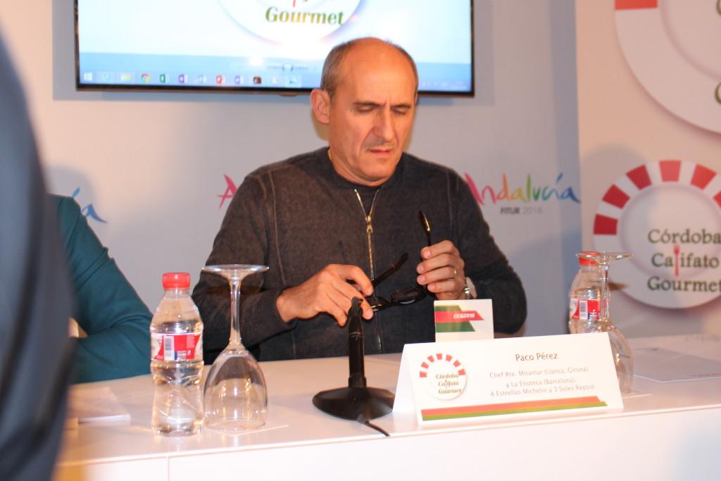 Paco Morales presentando las propuestas Califato Córdoba