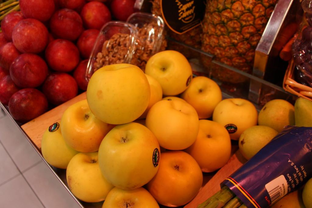 Una de cada dos manzanas que se consumen en España es de importación
