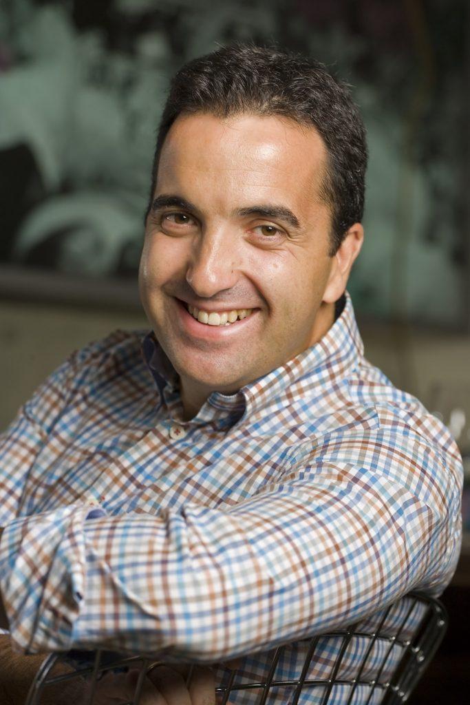 Óscar Velasco asume la dirección gastronómica de MEATING