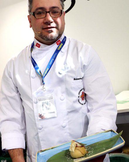 El cocinero Roberto Hernández