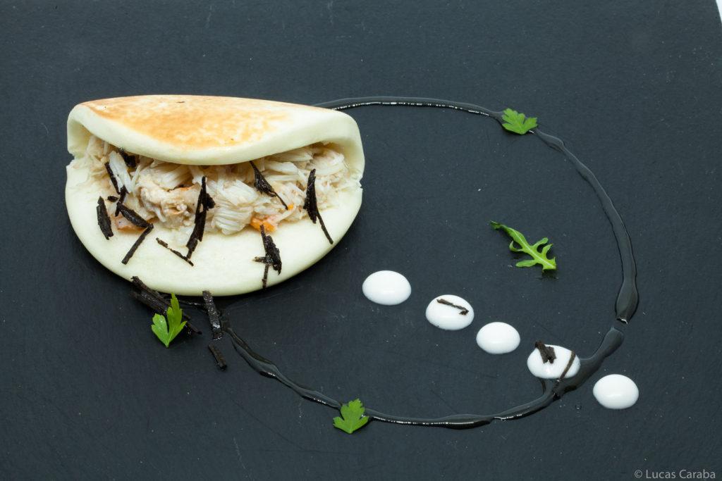 Restaurante Duque de Medinaceli: Gua Bao de Txangurro y mayonesa de trufa