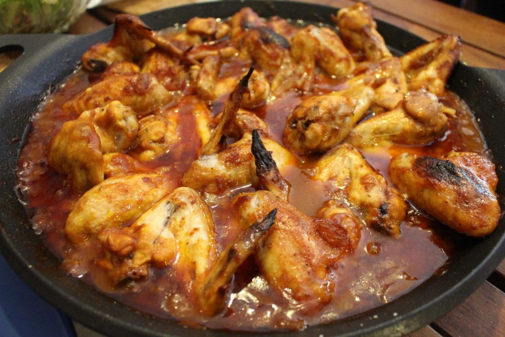 Receta de pollo: Alitas en salsa barbacoa casera