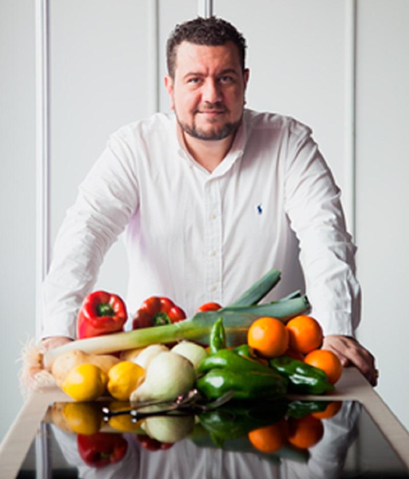 Dr. Giuseppe Russolillo, Presidente Academia de Nutrición y Dietética