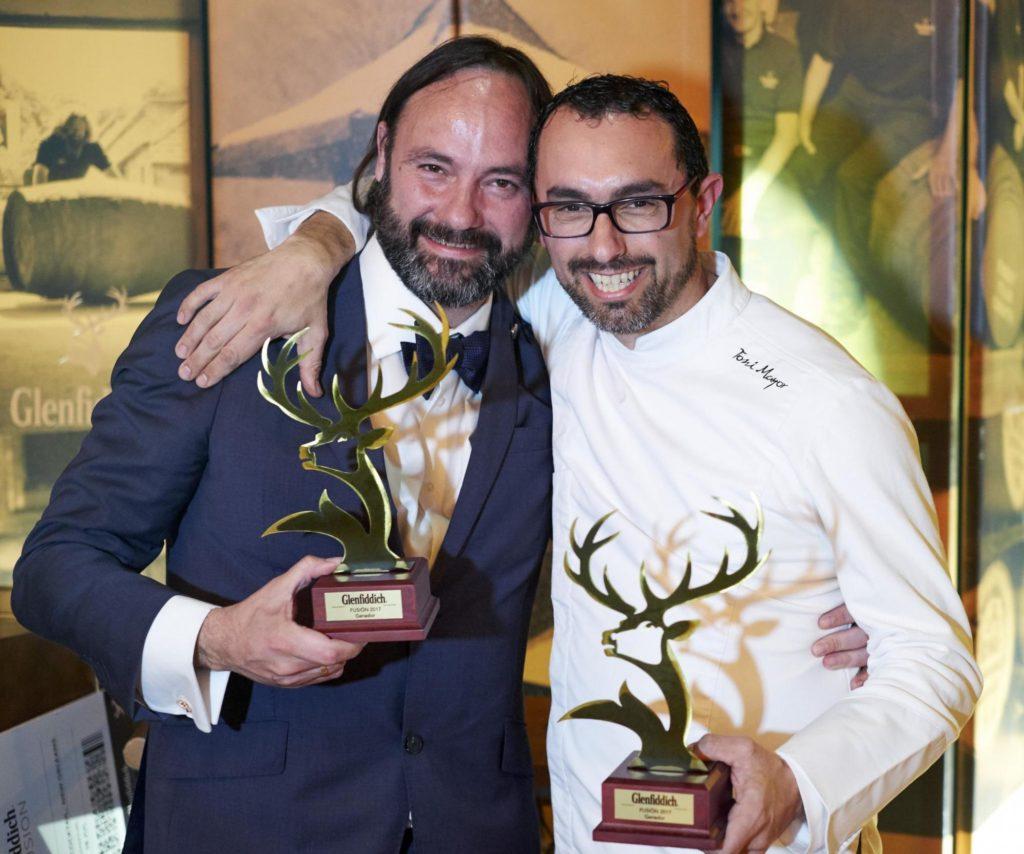 Los ganadores, bartender David Kandinsky y el chef Toni Mayor de la Taberna Valenciana El Pòsit, de Alicante