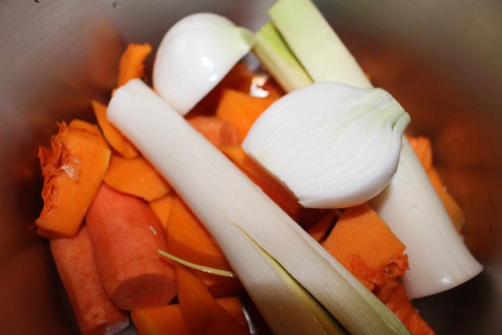 Ingredientes para la crema de calabaza y zanahorias
