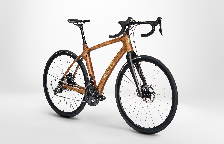 d2dac74d41 Glenmorangie y Renovo presentan la primera bicicleta del mundo fabricada  con madera de barrica de whisky